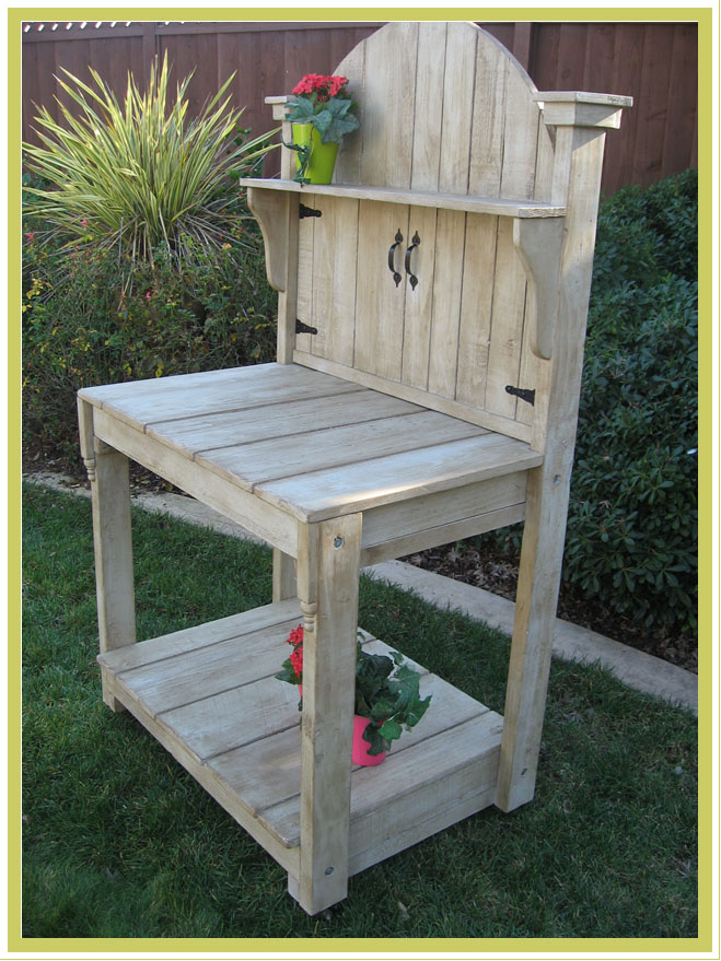 Small Weather Potting Bench 1