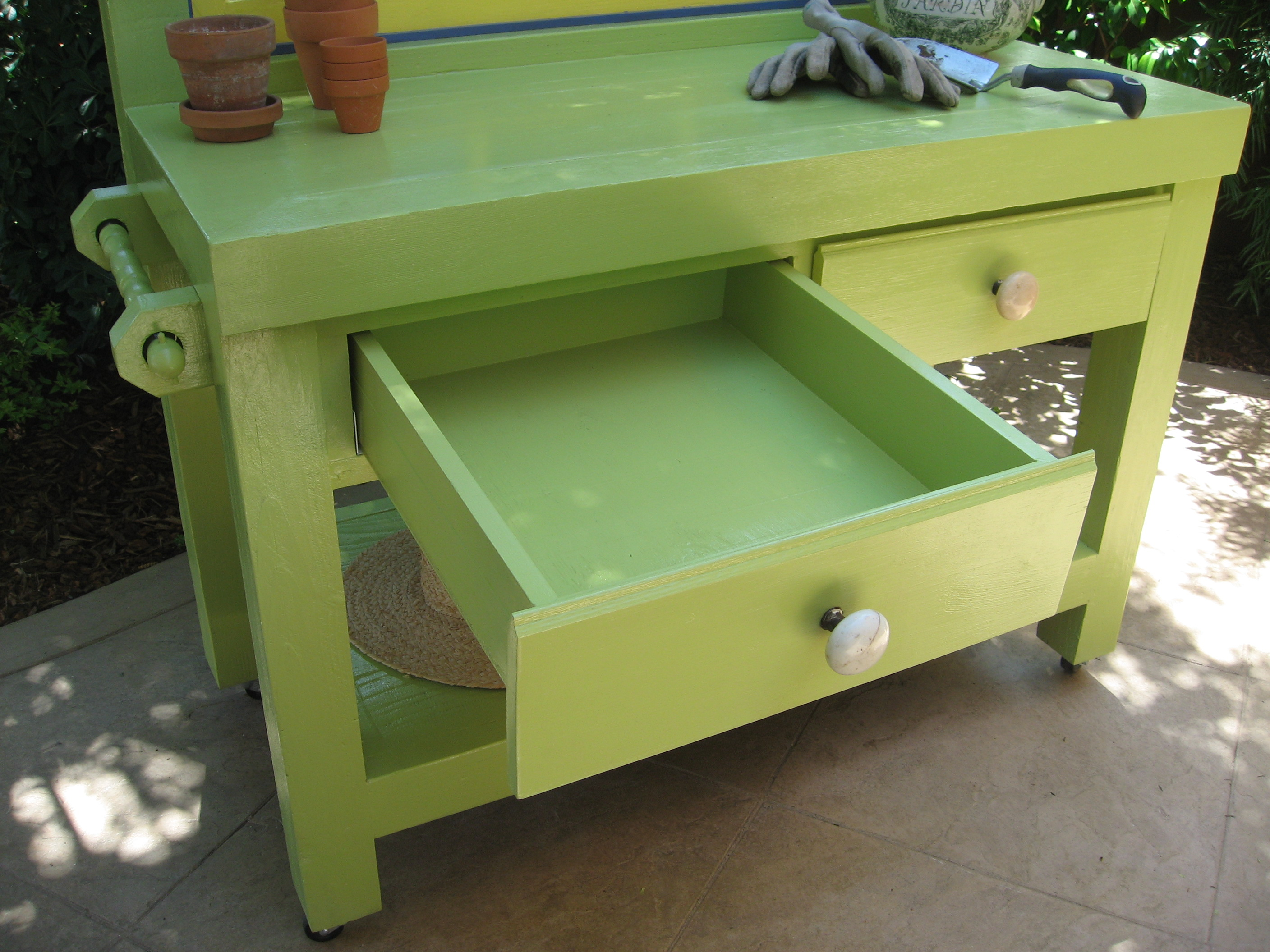 Custom Drawers-Green Bench